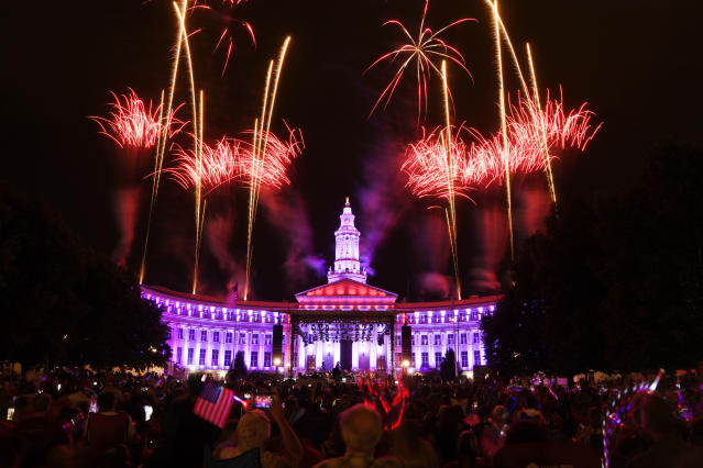 <p>Fireworks at the Independence Eve celebration at Civic Center Park celebration, July 03, 2018. (Photo: Andy Cross/The Denver Post via Getty Images) </p>