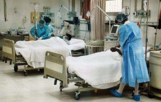 Patients are treated in a hospital in Kuwait City on April 24, 2007