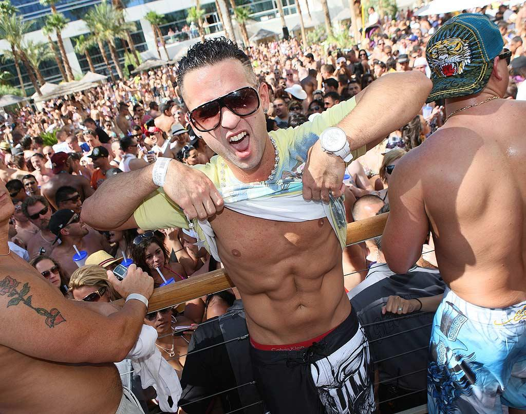 """Jersey Shore's"" The Situation toasted the Fourth and his birthday by flashing his rock-hard abs (natch!) at the Rehab poolside party at the Hard Rock Hotel and Casino in Las Vegas. Tom Vickers/<a href=""http://www.splashnewsonline.com"" target=""new"">Splash News</a> - July 4, 2010"