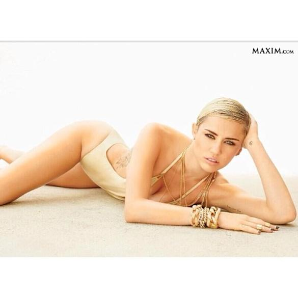 Miley Cyrus Flashes Her Boobs In 'Leaked Photo From Maxim Hot 100 Shoot?'