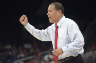 Houston head coach Kelvin Sampson reacts to a play during the first half of an NCAA college basketball championship game against Cincinnati at the American Athletic Conference tournament Sunday, March 11, 2018, in Orlando, Fla. (AP Photo/Phelan M. Ebenhack)