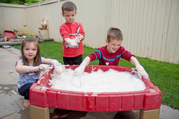 PHOTO: Susie Allison, the mom of three behind the popular website and parenting Instagram account, Busy Toddler, joins GMA's Ginger Zee to make Bubble Foam. (Courtesy of Susie Allison)