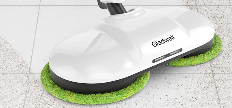 A dual-action motor zooms through dirt and grime. (Photo: Amazon)