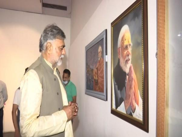 Minister of State for Jal Shakti Prahlad Singh Patel at National Gallery of Modern Art (Photo/ANI)