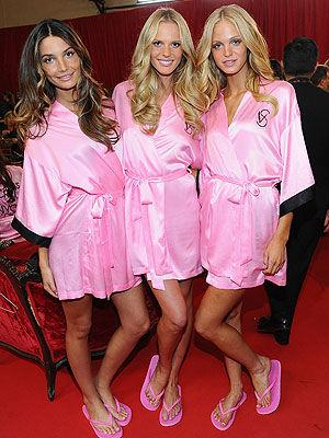 <p>The gorgeous Victoria's Secret models Lily Aldridge,Anne Vyalitsina and Erin Heatherton pose backstage before the 2010 Victoria's Secret Fashion Show at the Lexington Avenue Armory on November 10, 2010 in New York City.</p>