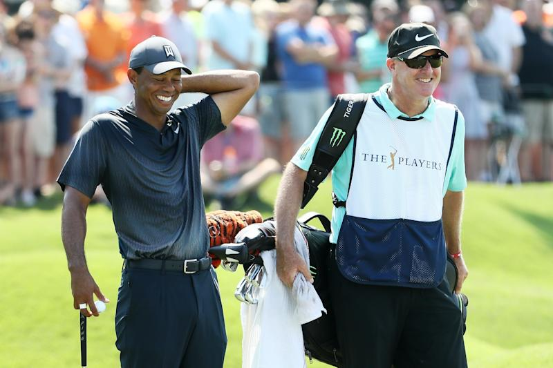 Simpson extends lead as Woods, Spieth shoot 65