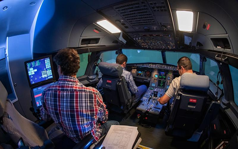 flight simulator - Getty