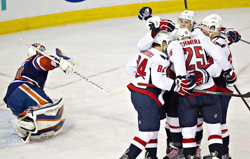 Ovechkin's 10th goal lifts Caps over Oilers 4-1