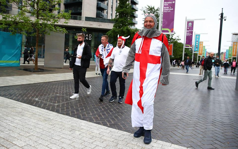 England supporters arrive at Wembley - Robbie Jay Barratt - AMA/Getty Images