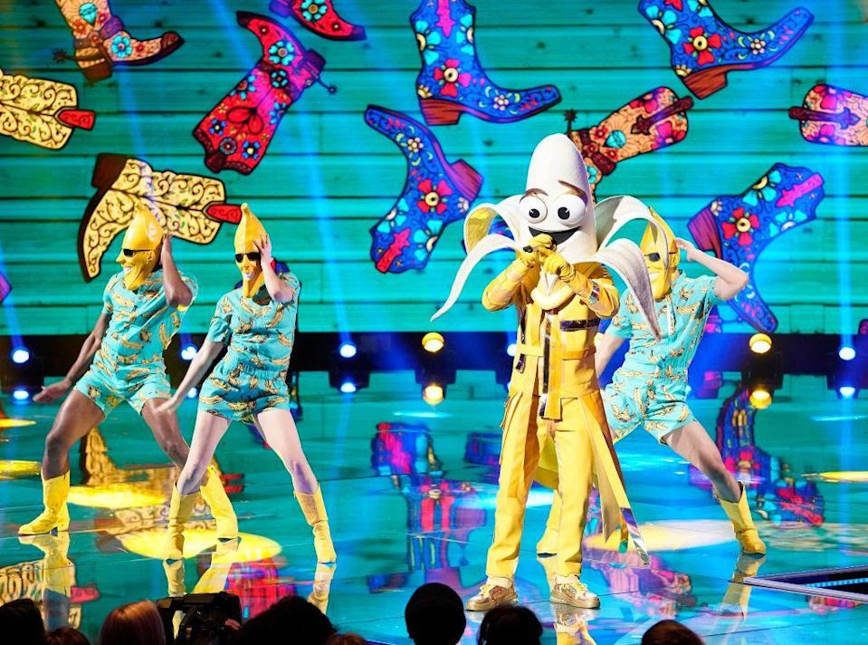 """<p>While salaries probably vary, <a href=""""https://www.nowtolove.com.au/reality-tv/the-masked-singer/how-much-do-the-masked-singer-contestants-get-paid-59849"""" rel=""""nofollow noopener"""" target=""""_blank"""" data-ylk=""""slk:Now to Love reported"""" class=""""link rapid-noclick-resp"""">Now to Love reported</a> that the contestants on the Australian version of the TV show were each given a signing fee of $10,000 to $200,000, plus a per episode salary. It's unclear what celebs in the U.S. version of the show make though.</p>"""