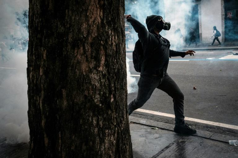 Violence in Brazil came at the close of a day in which unions and leftwing groups managed to paralyze much of the country in protest at austerity reforms