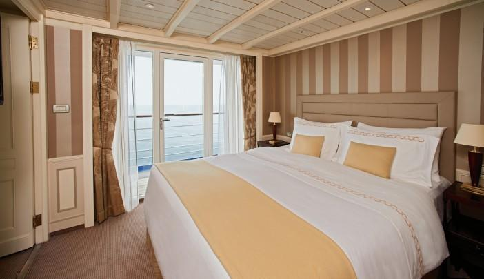<p>So, who gets the Owner's Suite on the Silver Cloud? (silversea.com) </p>