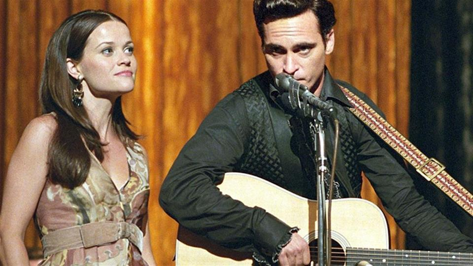Reese Witherspoon and Joaquin Phoenix as June and Johnny Cash in Walk The Line (Credit: Fox)