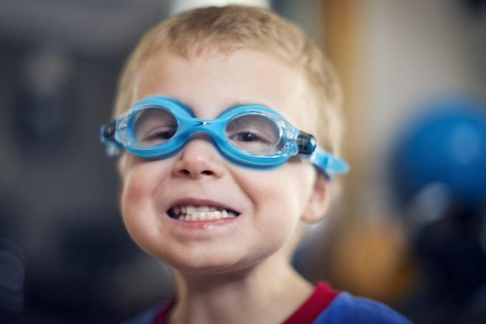 <p>Gear the kids up in goggles and a swimsuit for some splish-splash time in the tub. Not only is it a fun activity, but also, the kids will be squeaky clean afterward!</p>