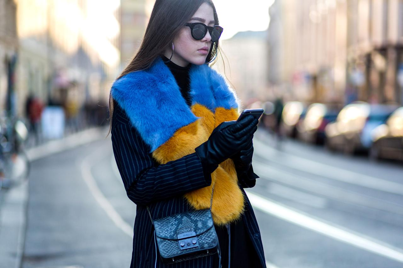 <p>This winter, give her what she really wants: the ability to use a mobile device in subzero weather without her fingers snapping off like store-brand pretzel rods. Tech-friendly gloves might not be the sexiest accessories, but we managed to round up 10 pairs that won't incinerate your eyeballs.</p>