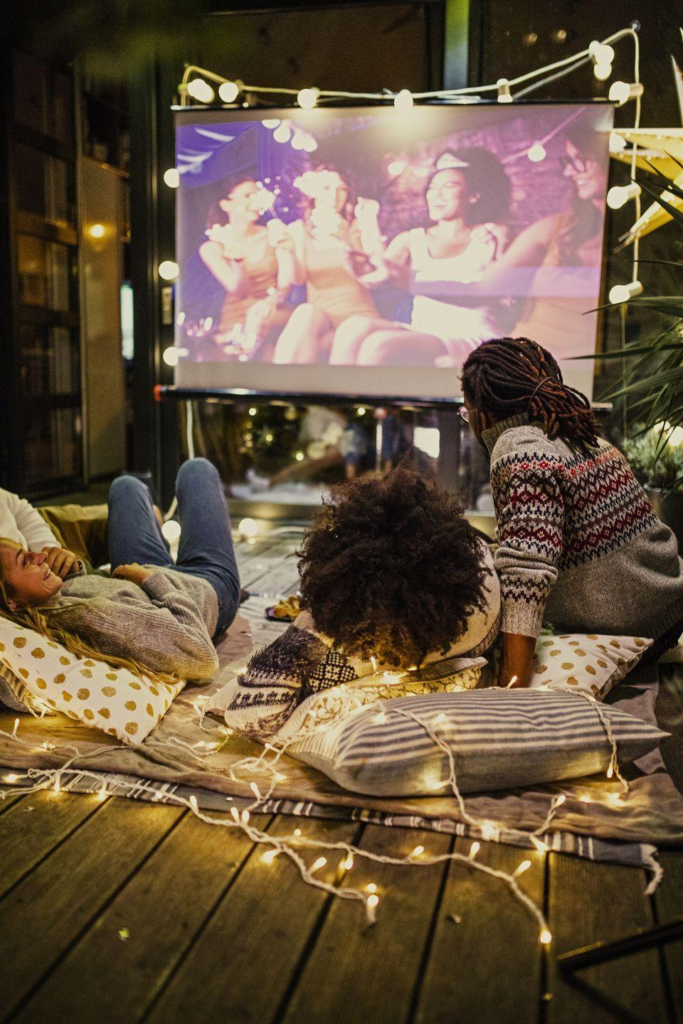 """<p>The best way to unwind on Thanksgiving is with a cozy fall movie. Build a pillow fort, pop some popcorn (or heat up some leftovers), and snuggle in to watch a film. If you want to get a head start on the holidays, watch a <a href=""""https://www.goodhousekeeping.com/holidays/christmas-ideas/g30284494/best-christmas-movies-on-netflix/"""" rel=""""nofollow noopener"""" target=""""_blank"""" data-ylk=""""slk:Christmas movie"""" class=""""link rapid-noclick-resp"""">Christmas movie</a>. </p><p><strong>RELATED: </strong><a href=""""https://www.goodhousekeeping.com/life/entertainment/g28169124/fall-movies-on-netflix/"""" rel=""""nofollow noopener"""" target=""""_blank"""" data-ylk=""""slk:20 Best Fall Movies on Netflix That Are Essential to the Season"""" class=""""link rapid-noclick-resp"""">20 Best Fall Movies on Netflix That Are Essential to the Season</a></p>"""