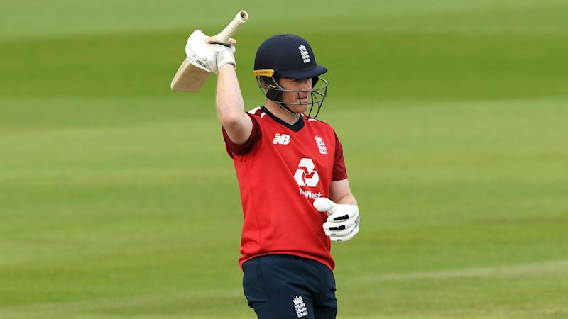 Morgan and Malan star as England beat Pakistan with record run chase