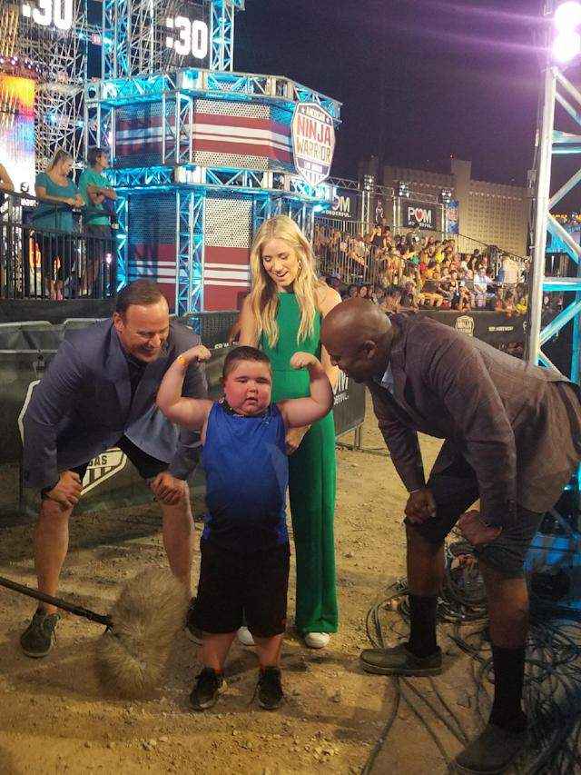 <p>It's pretty awesome meeting future Ninja Warriors, especially when they strike a pose. #Flex — @mattiseman </p>