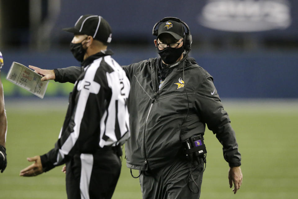 Minnesota Vikings head coach Mike Zimmer explained why he went for it on fourth down late against the Seahawks. (AP Photo/John Froschauer)