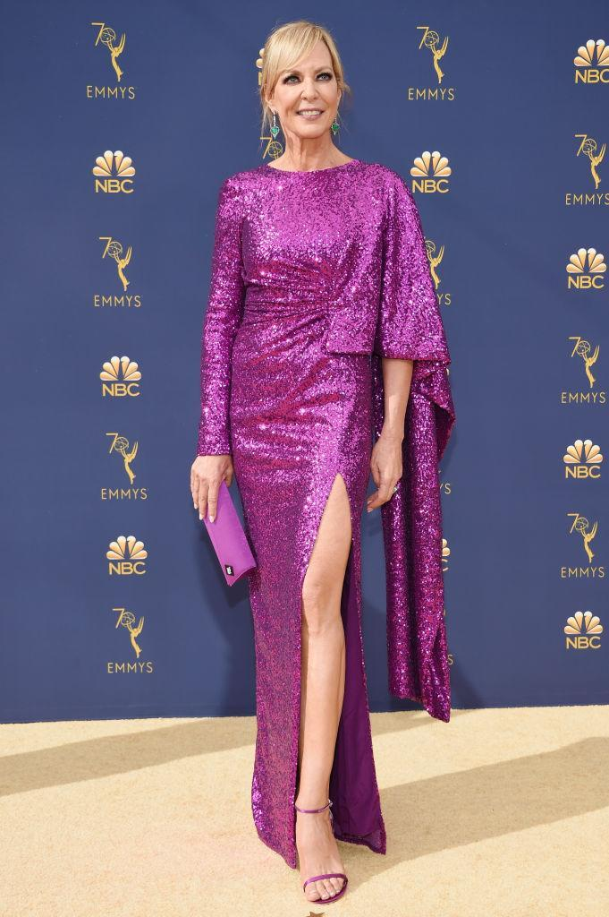 <p>The actress chose a glitzy Prabal Gurung dress accessorised with Stuart Weitzman heels and a Tyler Ellis clutch for the awards night. <em>[Photo: Getty]</em> </p>