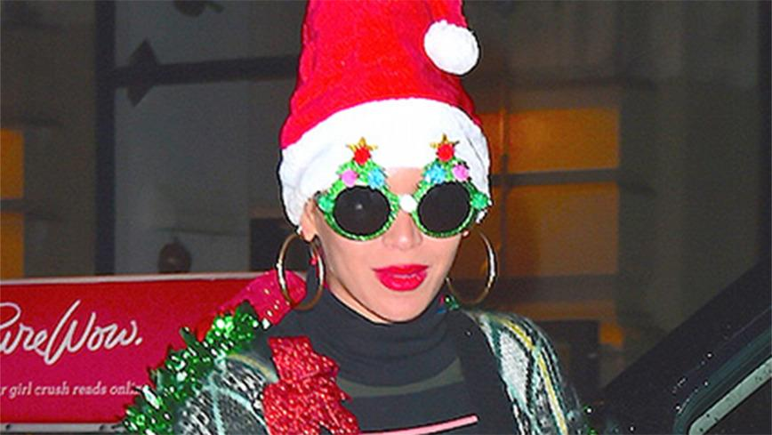 <p>Stars Who Are Just as Christmas-Crazy as You Are</p>