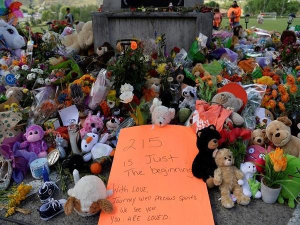 A memorial at Kamloops after the discovery of remains of 215 indigenous children (Credit: Reuters)