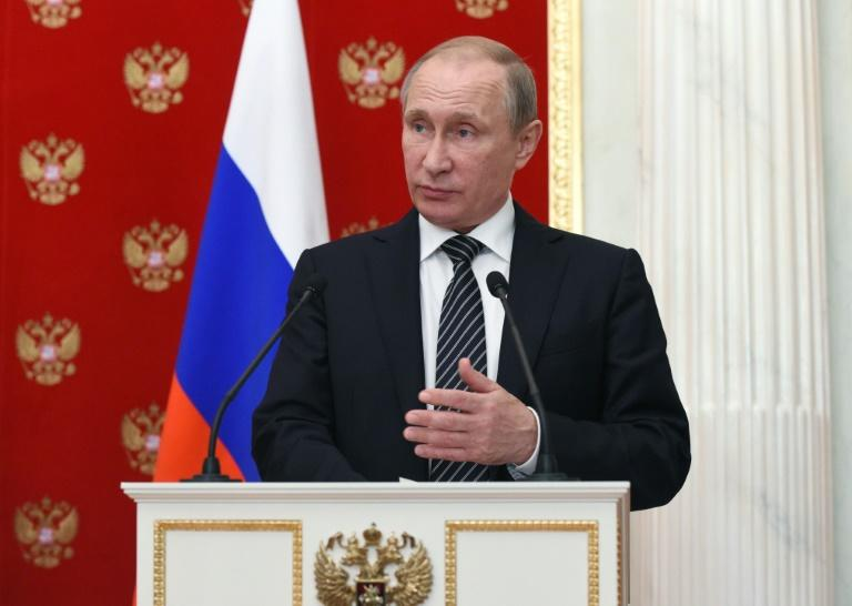 Russian President Vladimir Putin is said to be ready to receive both Abbas and Netabyahu in Moscow for direct peace talks