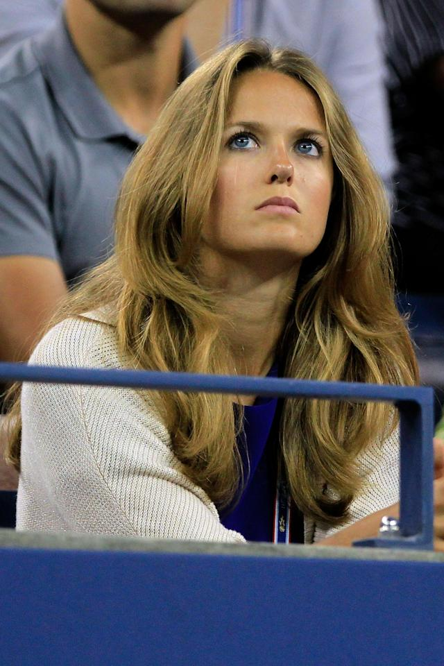 NEW YORK, NY - SEPTEMBER 10: Kim Sears watches as her boyfriend Andy Murray of Great Britain play against Rafael Nadal of Spain during Day Thirteen of the 2011 US Open at the USTA Billie Jean King National Tennis Center on September 10, 2011 in the Flushing neighborhood of the Queens borough of New York City. (Photo by Chris Trotman/Getty Images)