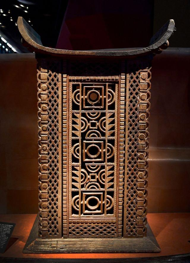 Benin readies for return of treasures taken by France