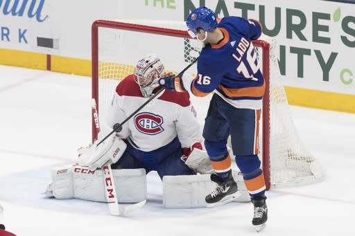 Lee's late goal lifts Islanders to 2-1 win over Canadiens