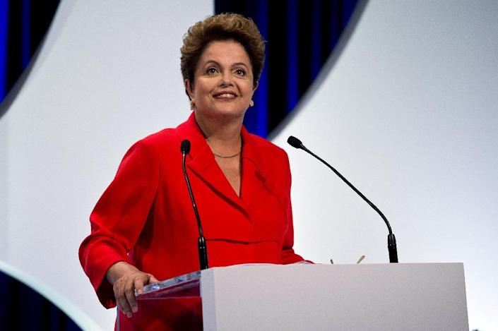 Candidate for the Brazilian Workers' Party and current President Dilma Rousseff attends the second television debate in Sao Paulo, Brazil on September 1, 2014 (AFP Photo/Nelson Almeida)