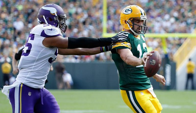Aaron Rodgers Thinks Refs Are Too Quick To Throw Flags For Roughing The Passer
