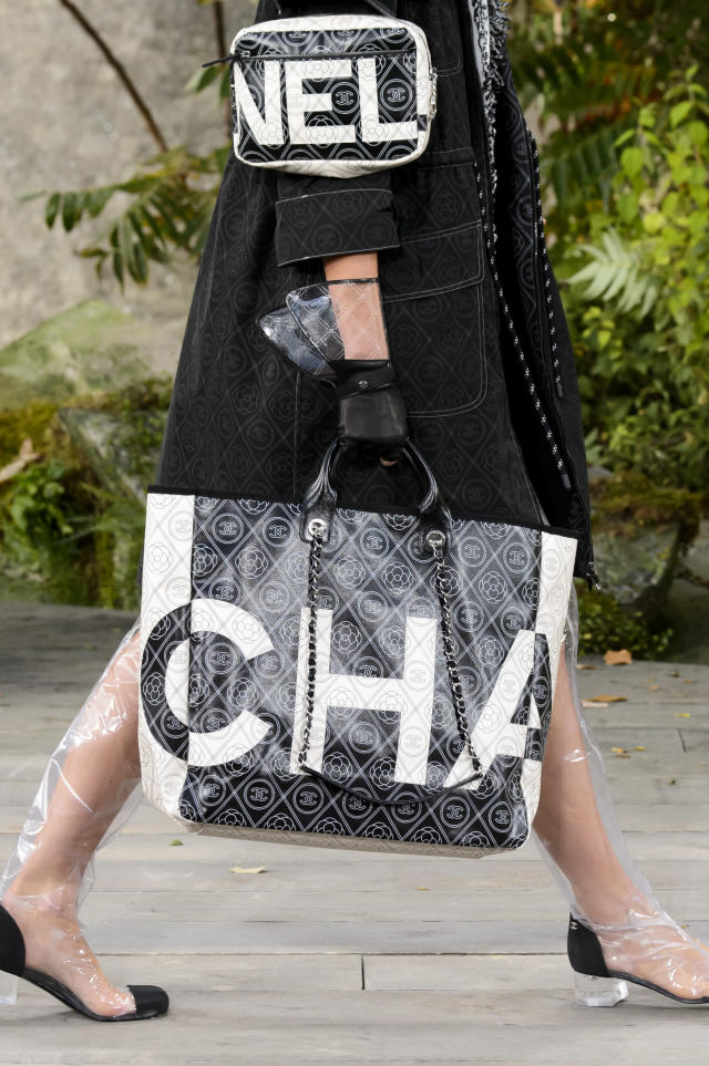 <p><i>Logo tote from the SS18 Chanel collection. (Photo: ImaxTree) </i></p>