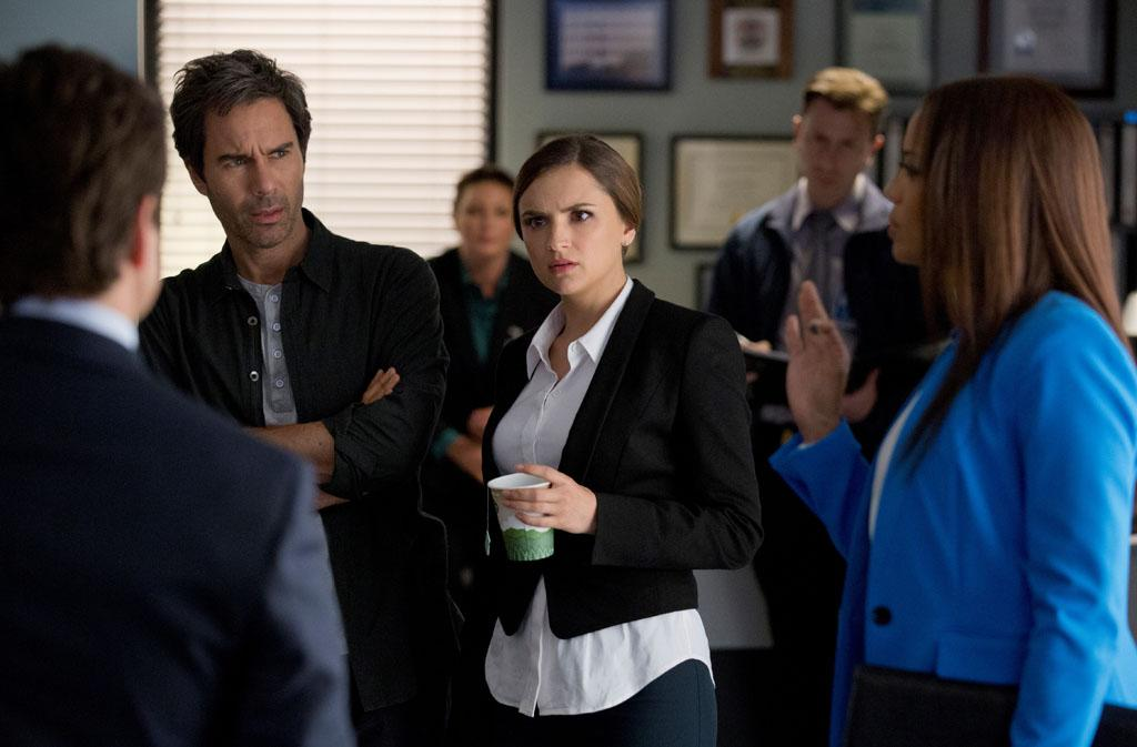 "Eric McCormack and Rachael Leigh Cook in the ""Perception"" episode, ""Blindness."""