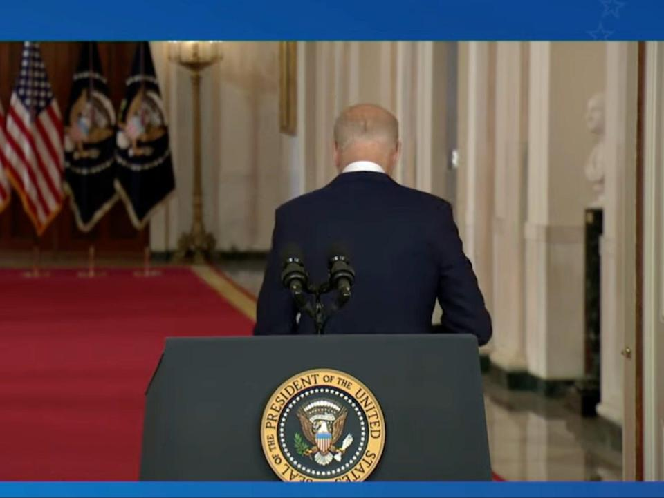 Biden walks away from the podium, ignoring the dozens of questions being asked by reporters (YouTube/The White House)