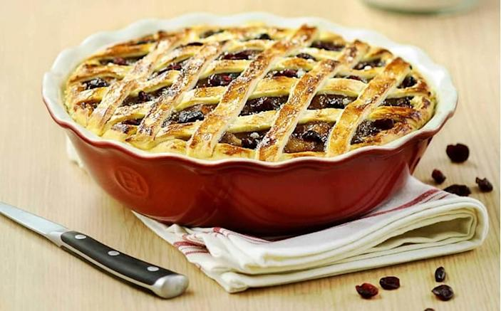 Need a high quality pie dish? Of course you do.