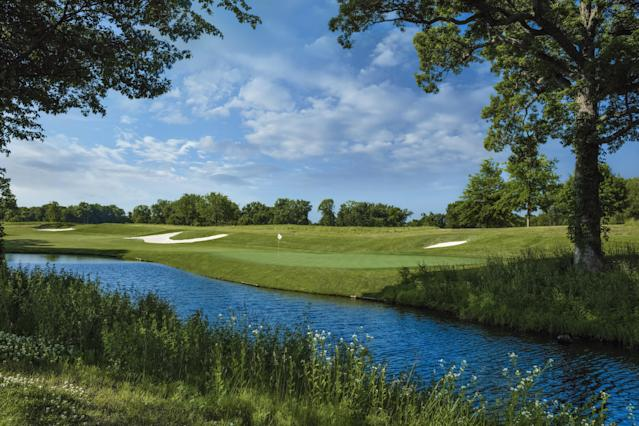 "<div class=""caption""> The 10th hole at TPC Deere Run, the site of the PGA Tour's John Deere Classic. </div>"