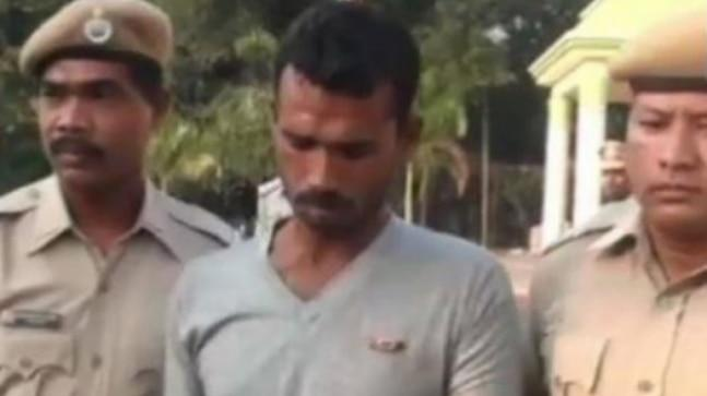 The accused Tapas Mandal picked up a quarrel with his mother over property-related issues, following which he thrashed his mother and burnt her alive.