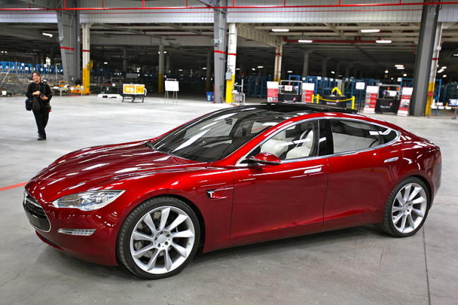 Tesla ends free charging for life (for new buyers)