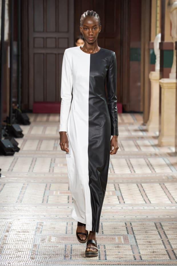<p>A look from the Gabriela Hearst Spring 2021 collection. Photo: Luis Alberto Rodriguez/Courtesy of Gabriela Hearst</p>
