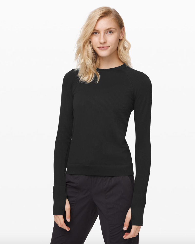 Rest Less Pullover in black