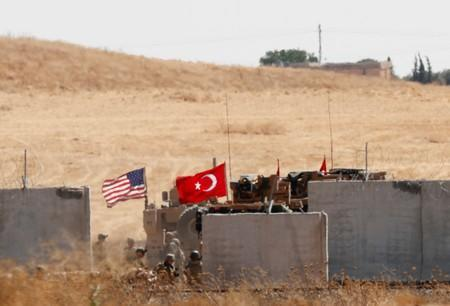 Exclusive: U.S.-backed Syrian forces halt counter-Islamic State operations - sources