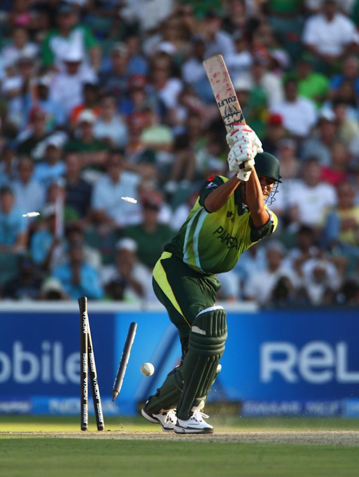 JOHANNESBURG, SOUTH AFRICA - SEPTEMBER 24:  Sohail Tanvir of Pakistan is bowled out during the Twenty20 Championship Final match between Pakistan and India at The Wanderers Stadium on September 24, 2007 in Johannesburg, South Africa.  (Photo by Tom Shaw/Getty Images)