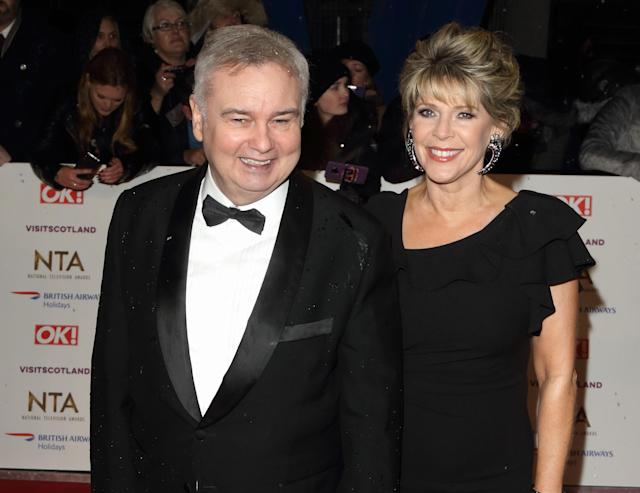 LONDON, -, UNITED KINGDOM - 2019/01/22: Eamonn Holmes and Ruth Langsford are seen on the red carpet during the National Television Awards at the O2, Peninsula Square in London. (Photo by Keith Mayhew/SOPA Images/LightRocket via Getty Images)