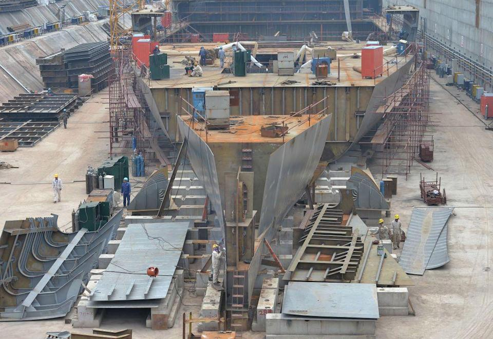 Titanic replica under construction for a Chinese theme park