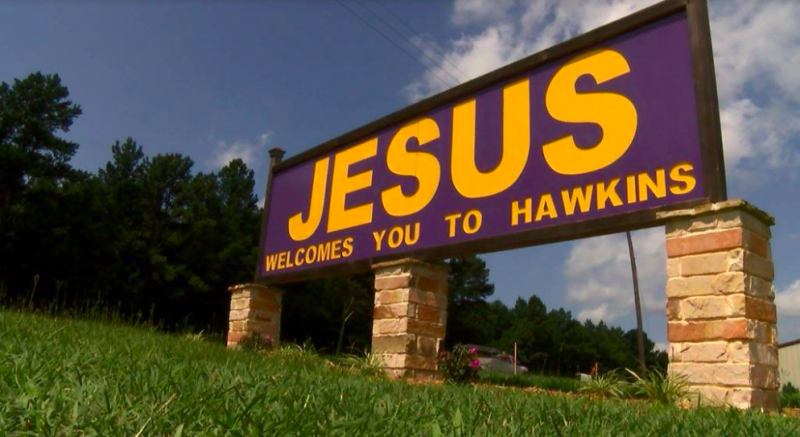 The sign 'Jesus Welcomes You To Hawkins' has pitted a church congregation against a small town in Texas for several years. (Photo: Courtesy of Facebook/KYTX CBS19)
