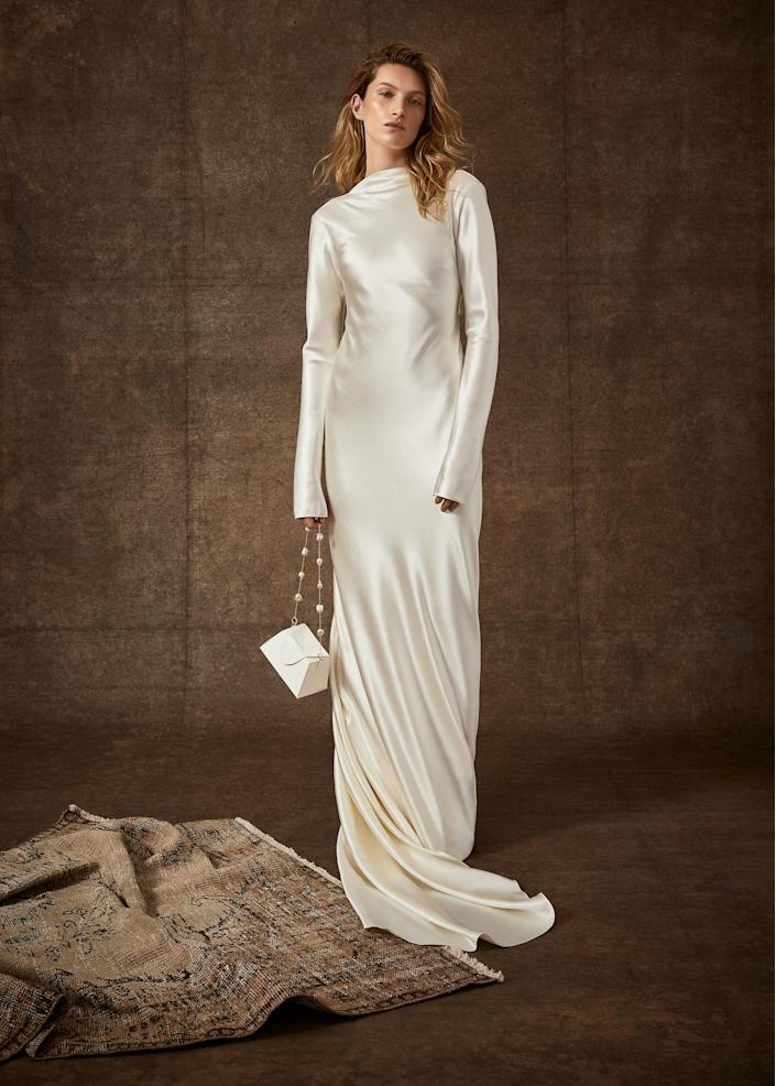 <p>Thanks to the silky material, this floor-length option is stunning without any frills.</p>