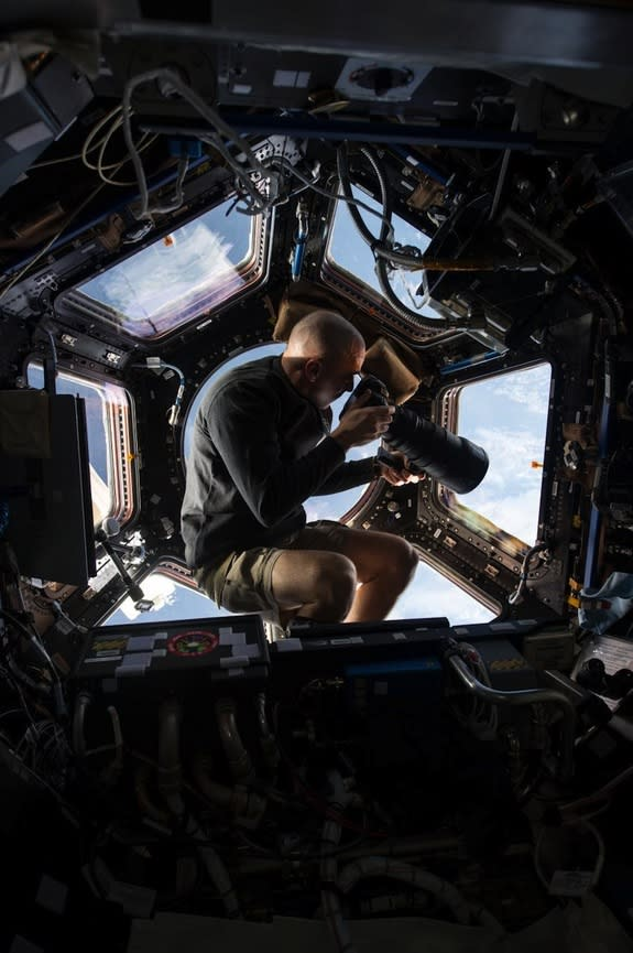 How Space Station Astronaut Chris Cassidy Is Readapting to Earth Life (Video)
