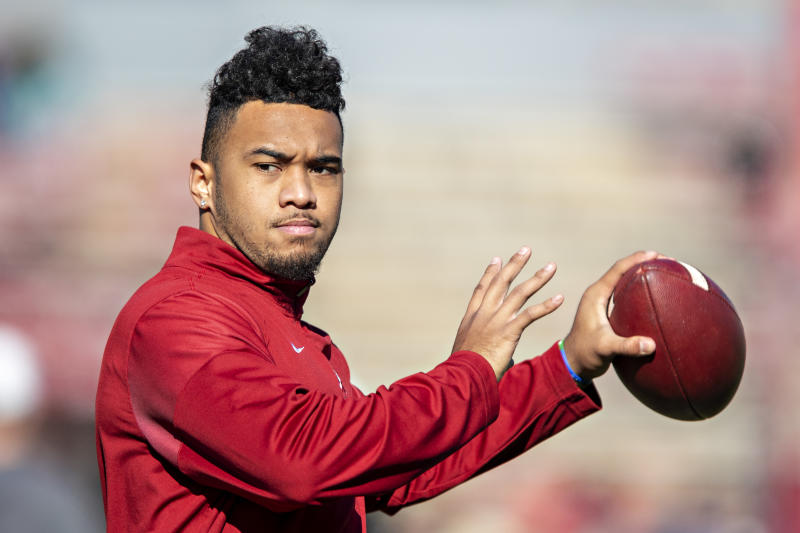 Tua Tagovailoa plans to perform passing drills ahead of April's draft, according to his agent. (Photo by Wesley Hitt/Getty Images)