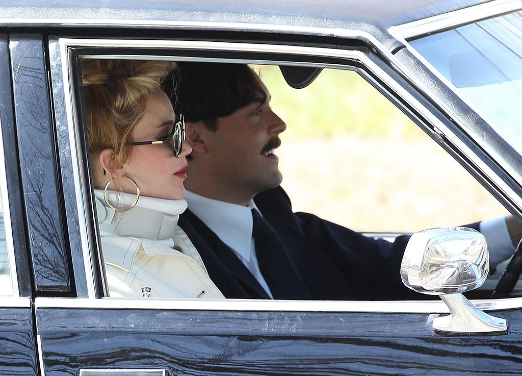 51062875 Actress Jennifer Lawrence wears a neck brace while filming scenes on the set of David O. Russell's movie in Woburn, Massachusetts on April 9, 2013. FameFlynet, Inc - Beverly Hills, CA, USA -  1 (818) 307-4813